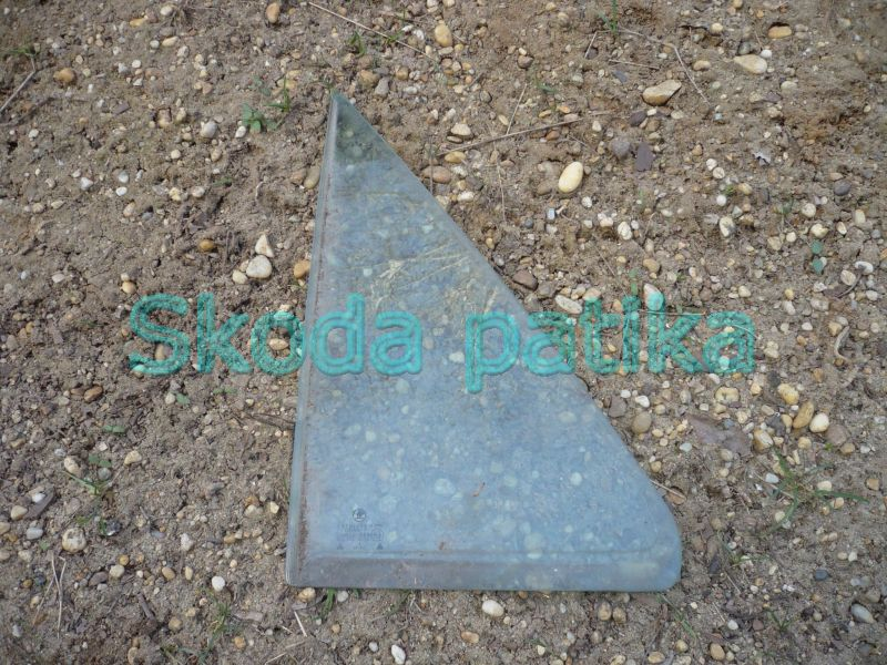 Skoda Felicia bal hátsó ajtóüveg háromszög