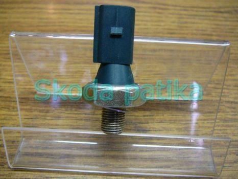 Skoda Fabia Octavia Roomster Superb olajgomba