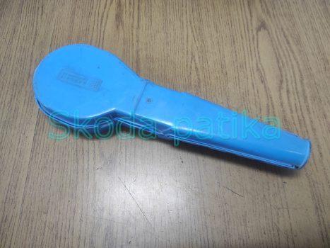 Skoda 120 légszűrőház zárófedél műanyag elem (sonka)