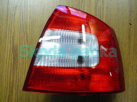 Skoda Octavia II. limuzin jobb hátsó lámpa