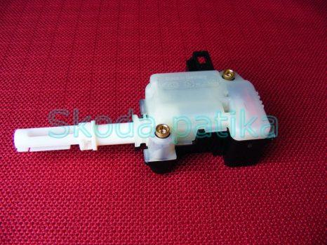 Skoda Superb csomagtér ajtózár motor