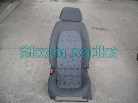 Skoda Fabia bal első ülés
