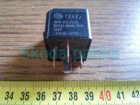 Skoda Felicia Fabia I-II. Octavia I-II. és Roomster indító és üzemanyag pumpa relé